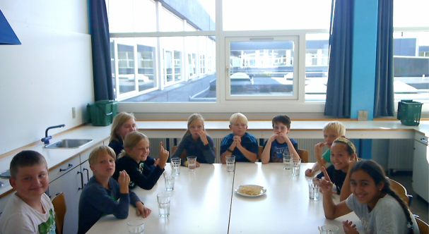 Photo: A Danish class tasting surimi